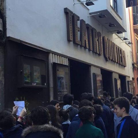 Crítica de Colegio Sagrado Corazón de Sevilla - Fundación Spínola En el teatro Quintero, 4º y Bachillerato acuden a ver Cyrano de Bergerac en francés de bricAbrac Teatro.