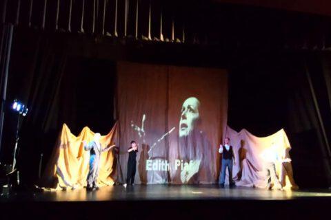 Crítica de LE COEUR DE L'AVIATEUR de bricAbrac Teatro del IES Pablo Ruiz Picasso - Teatro en Francés