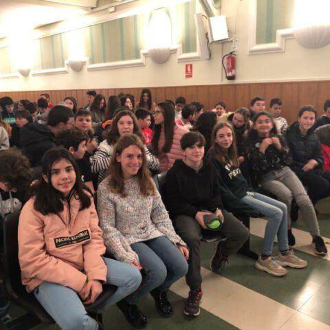 Crítica de Le PETIT PRINCE de bricAbrac Teatro del IES Trassierra de Córdoba - Teatro en Francés