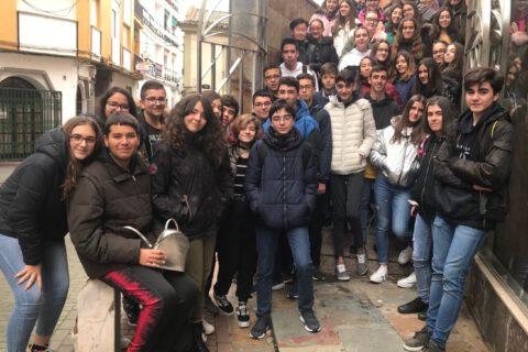 Crítica de LE COEUR DE L'AVIATEUR de bricAbrac Teatro del IES Pedro de Valdivia - Teatro en Francés
