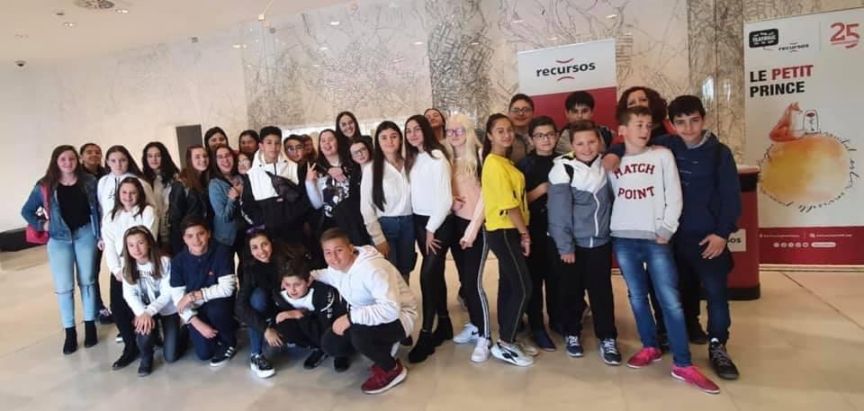 Crítica de Le PETIT PRINCE de bricAbrac Teatro IES Sierra Nevada de Granada - Teatro en Francés