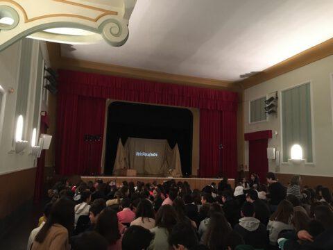 Crítica de Le PETIT PRINCE de bricAbrac Teatro del IES Zaframagón - Teatro en Francés