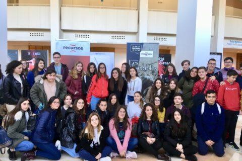 Crítica de LES MISÉRABLES de bricAbrac Teatro en COPE JUMILLA - Teatro en Francés