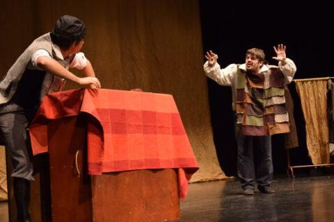 Les Misérables de bricAbrac Teatro en la prensa el Diario de Almería