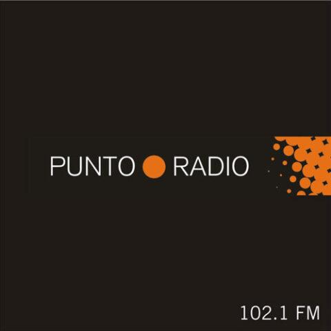 Entrevista de Elena Bolaños en Punto Radio Montijo de Mundo Poubelle de bricAbrac Teatro