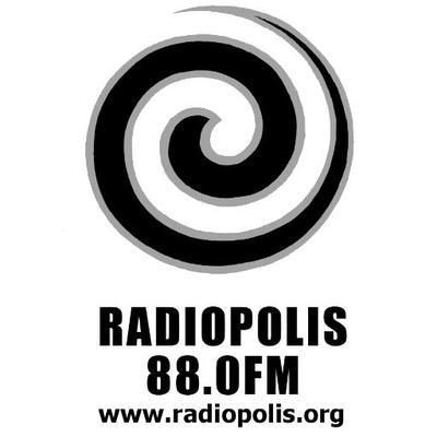 Entrevista de Elena Bolaños sobre INSOMNIO en Luces en la Ciudad por Eugenio Fernández Mejías de Radiópolis Radio. 92.3 FM Sevilla